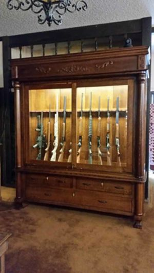 Nichols-Amish-Gun-Cabinet-153641