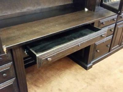 Reedstro-28-gun-cabinet-desk-20170824 085155