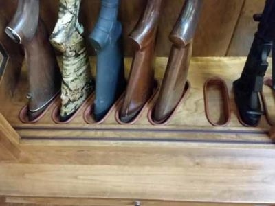 Simone-Amish-Gun-Cabinet-141403