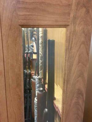 Simone-Amish-Gun-Cabinet-141724