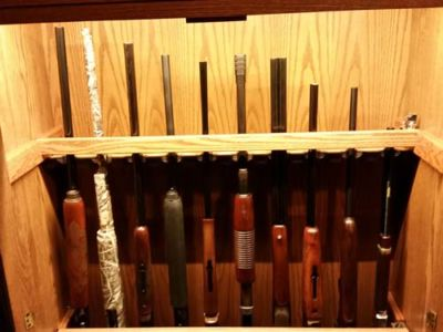 Costa 10 Gun Oak Locking Bar Set