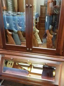 Hodge-Amish-Gun-Cabinet-162738