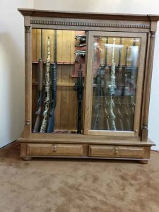 Simone-Amish-Gun-Cabinet-141810