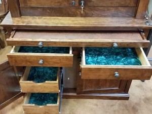 Whisnand-Amish-Gun-Cabinet-085204