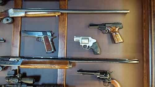 Amish Custom Crafted Pistol/Long Gun Display - Amish Custom Gun ...