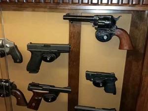 Ciesla-Amish-Pistol-Display-Cabinet-029